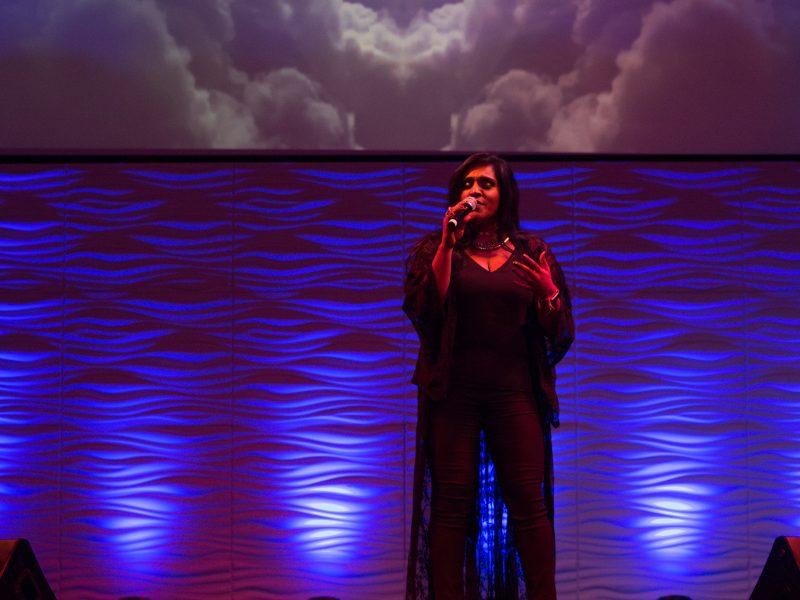 Award Winning Singer-Songwriter Roveena Performs