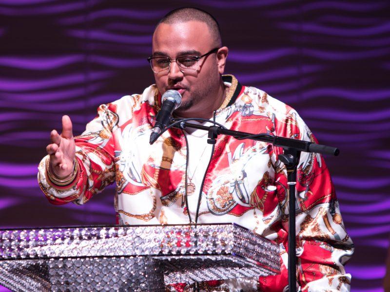 Deep Jandu Wins Male Musical Artist Of The Year 2017 Award