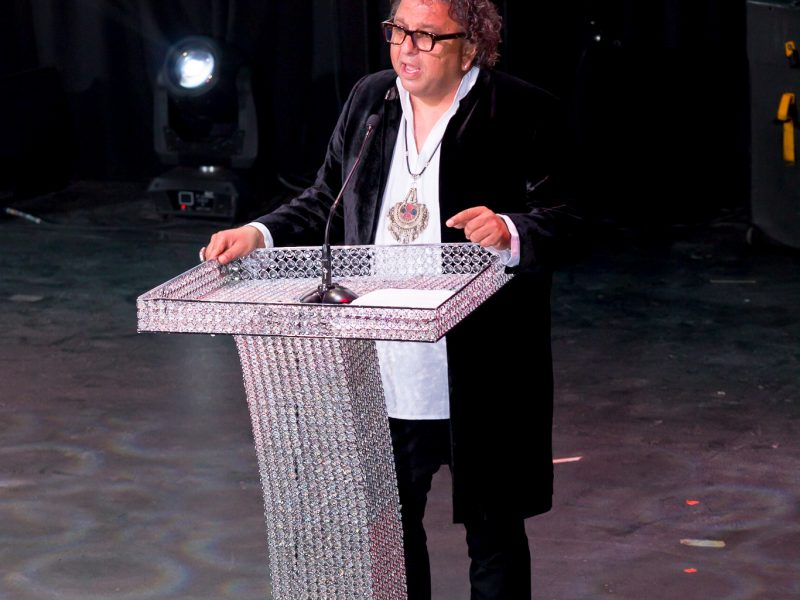 Vikram Vij Wins Excellence In Food Entrepreneurship 2016 Award